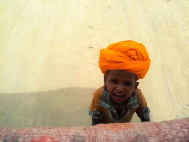 kid in desert