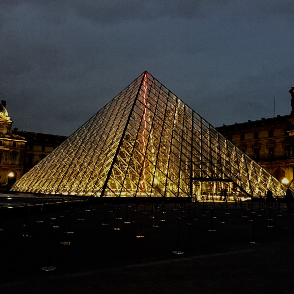 Fun Facts about Louvre Museum