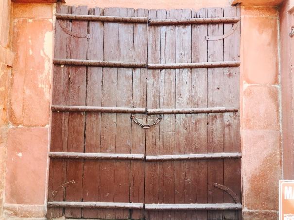A wooden door at Taj Mahal
