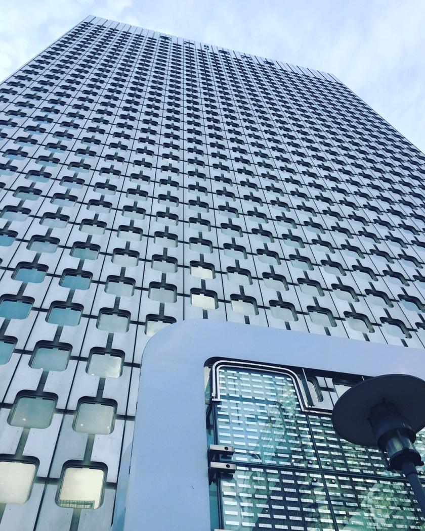 paris-la-defense-skyscraper