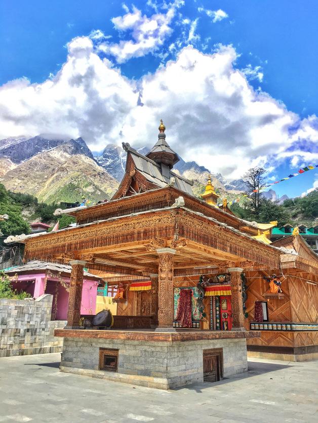 bering-nag-temple-sangla