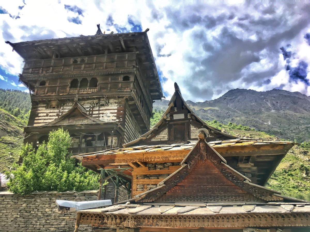 A walk till Kamru Fort, Sangla - A Photo Story