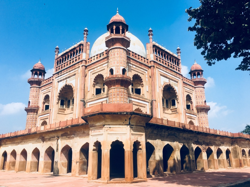 Safdar Jang Tomb - A corner view from ground