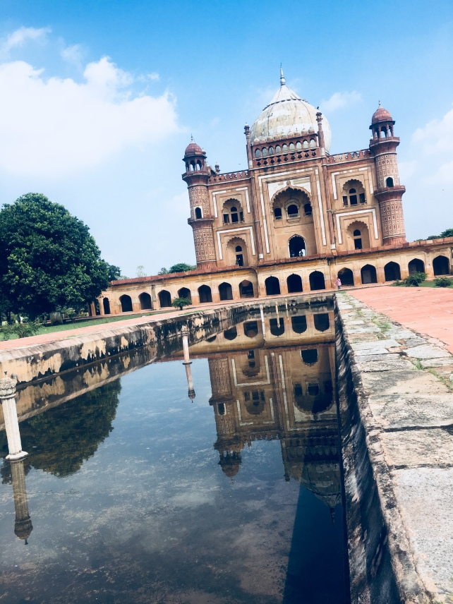 Safdar Jang Tomb from water channel