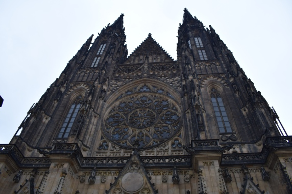 Prague St. Vitus Church front view
